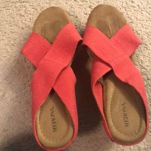 Coral Size 11 Wedges